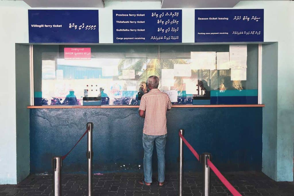 Transporte en Maldivas: billeteria ferry local