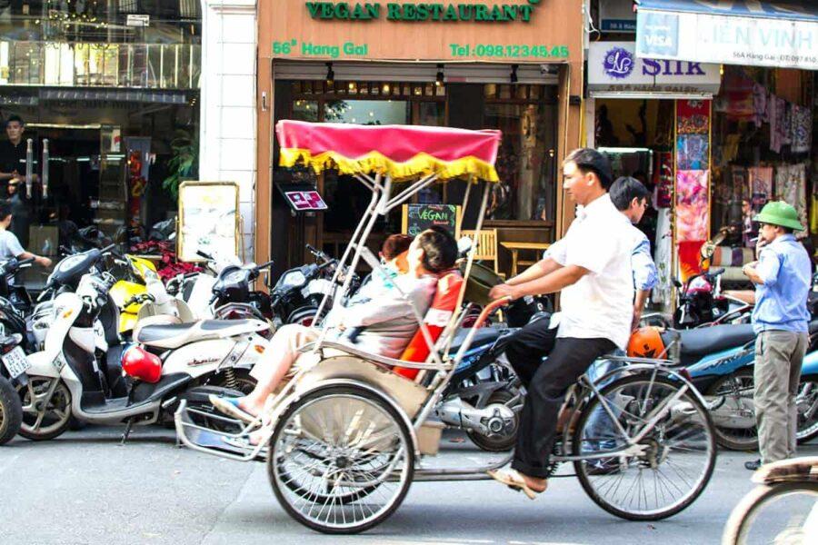Muévete con un Cyclo en Hanoi