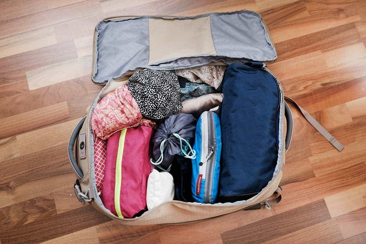 560f9abb8 Qué llevar en la maleta? 27 cosas básicas (+ Lista de Viaje PDF 2019)