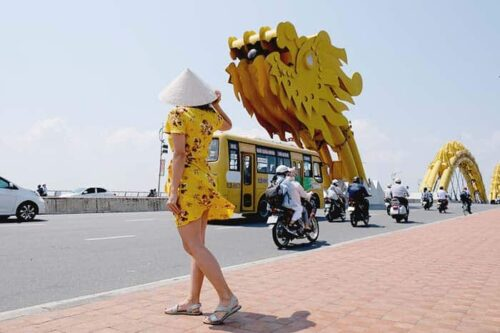 Visita la ciudad de Da Nang y su puente del dragón