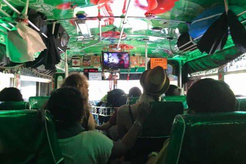 Autobús local en Sri Lanka