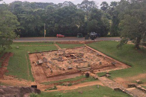Moverse en Anuradhapura en tuk tuk