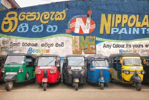 Tuk tuks en Sri Lanka