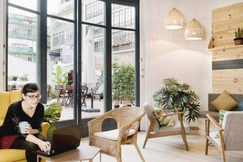 ¿Dónde alojarse en Barcelona si viajas sola?Hostal Rodamón