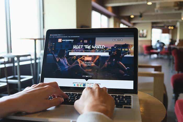 Reservar el hostel en Hostelworld