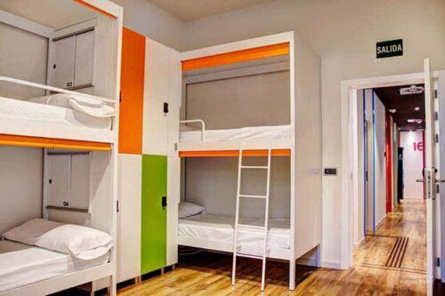 Dormitorios del hostal Urban,Youth Valencia, España.