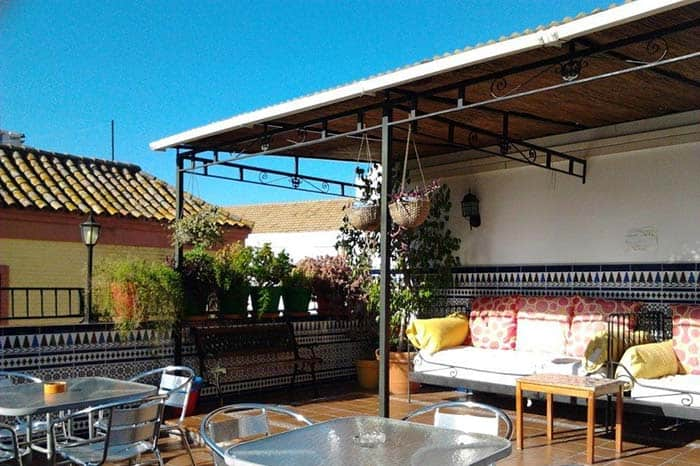 Terraza-Triana-Backpackers-hostel.