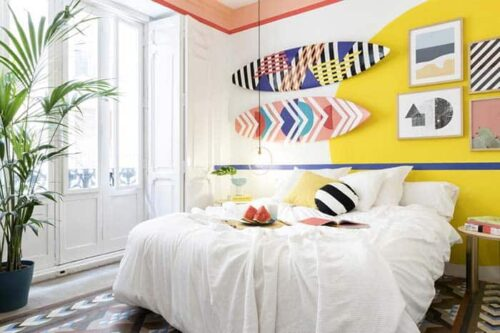 Habitación privada del hostal Valencia Lounge hostel en Valencia, España.