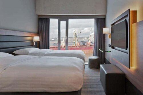 habitacion hotel moxy Amsterdam