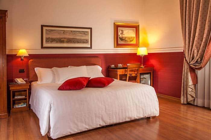 Habitacion privada Hotel Cosmopolita.