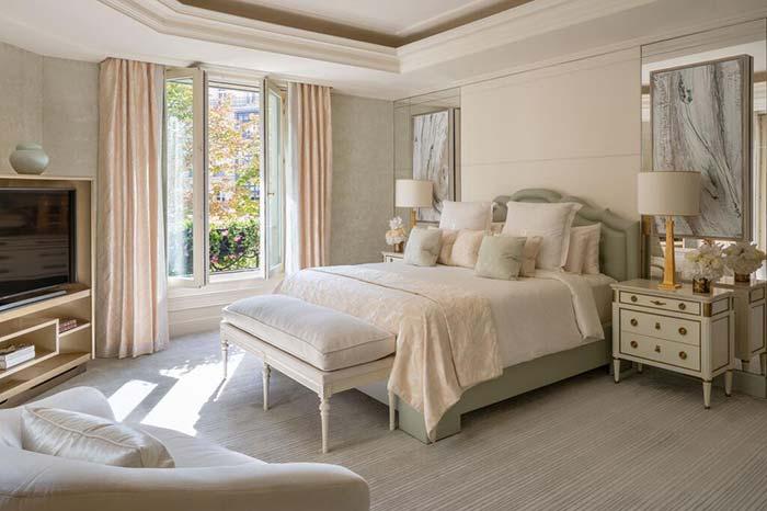 Habitacion privada del Four Seasons Hotel George V Paris.