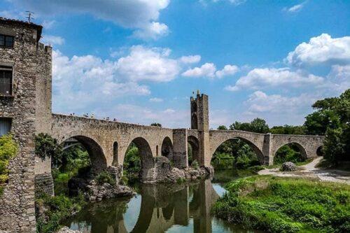 Besalu, ciudades bonitas de España.