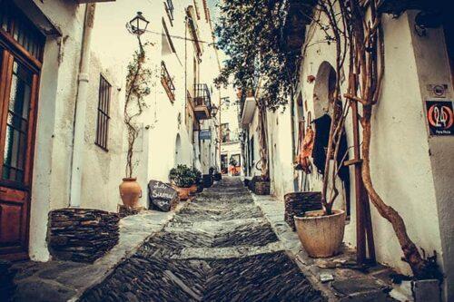 Cadaques, ciudades bonitas de España.