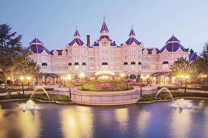 Disneyland hotel París, el único hotel dentro del parque