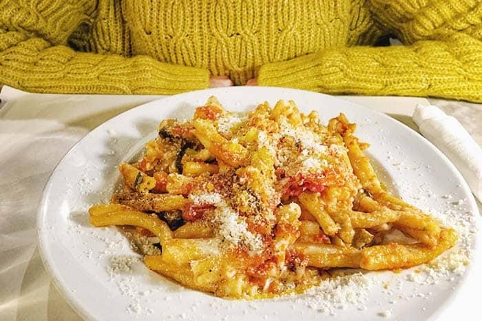 pasta con queso o queso con pasta