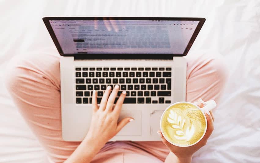 Qué es un asistente virtual y cómo convertirte en una