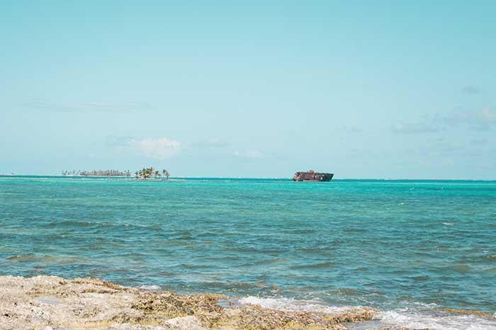 Rocky caye playa San Andrés