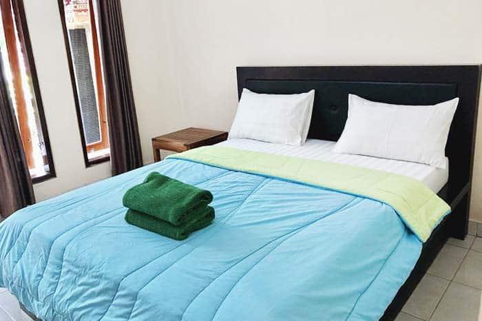 Habitación simple cerca aeropuerto en Bali
